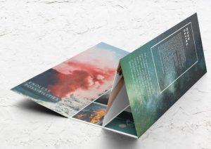 roll fold brochure colors